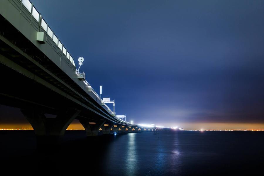 撮影:渡邉一雅 「架け橋」 撮影場所:木更津市 アクアライン